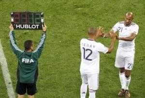Las sustitución de jugadores es relativamente reciente en el fútbol