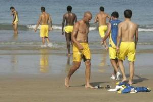 cadiz cf entrenando playa