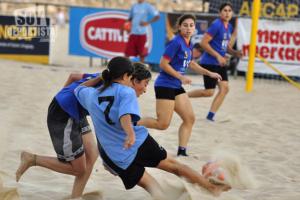 El Fútbol-Playa no tiene nada que ver con el Fútbol EN la Playa.