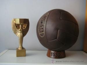 Balón con el que se jugó la final del Mundial de 1930.