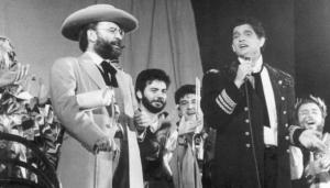 Antonio Burgos y Carlos Cano, pregoneros del carnaval de Cádiz de 1988