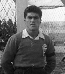 En 1948, el portero Rubio lucía escudo en su camiseta.